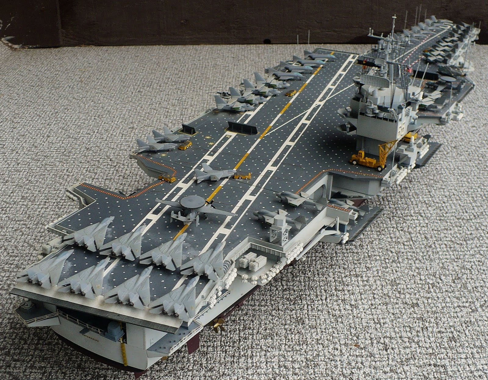 Aircraft carrier models large scale - Here Are Some Images Of Tamiya S 1 350 Scale Newport News Shipping Uss Enterprise Cvn 65 Aircraft Carrier Christened In 1960 And Still In Service To This
