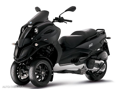 vespa mp3 scooter