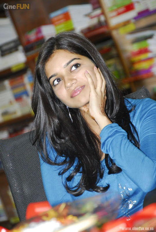 Swathi at if You Love Some One Book Launch Stills gallery pictures