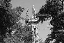 Monumento a la Inmaculada Concepción y Giralda
