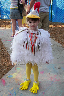 Our_Lil_Chicken.JPG  sc 1 st  Musings of a Crafty Mom & Musings of a Crafty Mom: Creating a Chicken Costume