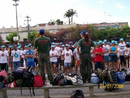 CAMINHADA EM TRILHAS - ALONGAMENTO E AQUECIMENTO - PREPARAÇÃO PARA A SUBIDA DA SERRA