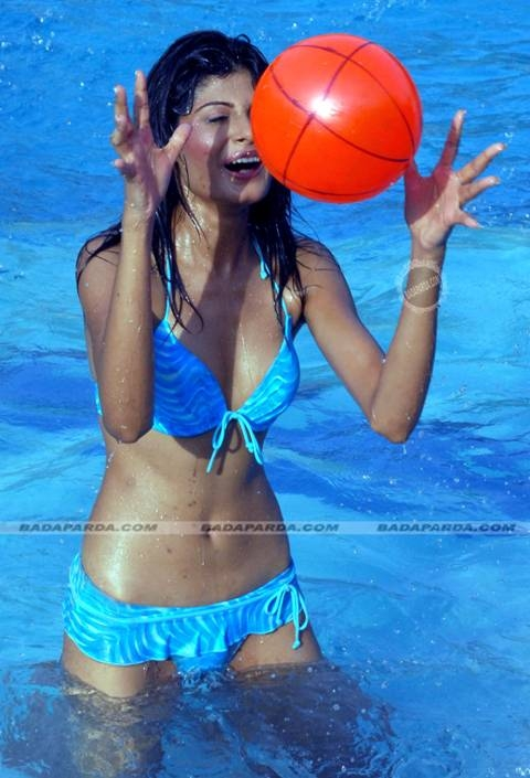 , Hot Indian Bikini Models In Pool