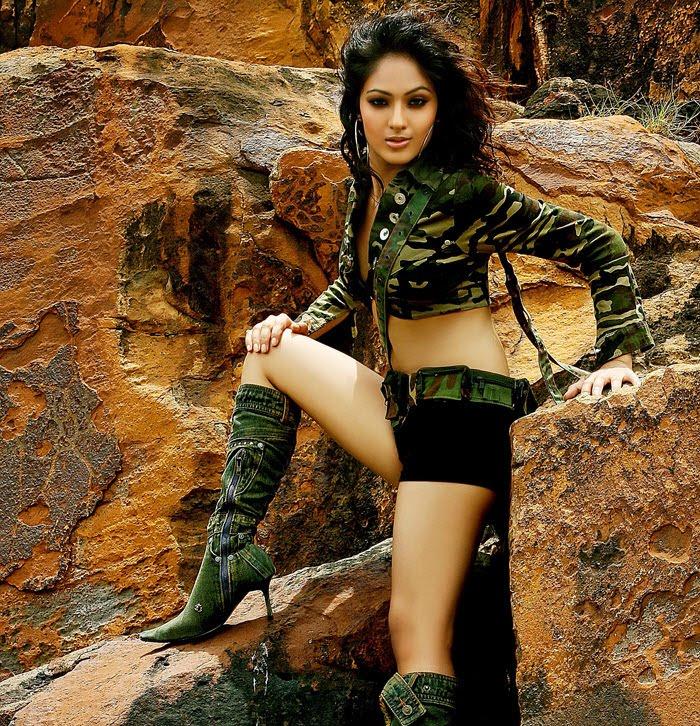 , Nikesha Patel Sexy photoshoot  Pics