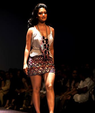 , Riya Sen Delhi Fashion Week Images