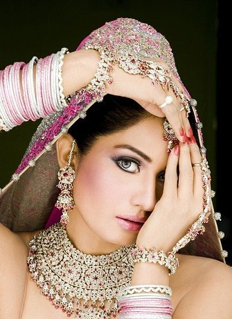 , Pakistani Bride Pictures | Bridal Dress Pics of Pakistani Brides |  Pakistani models in Bridal Dress Pics