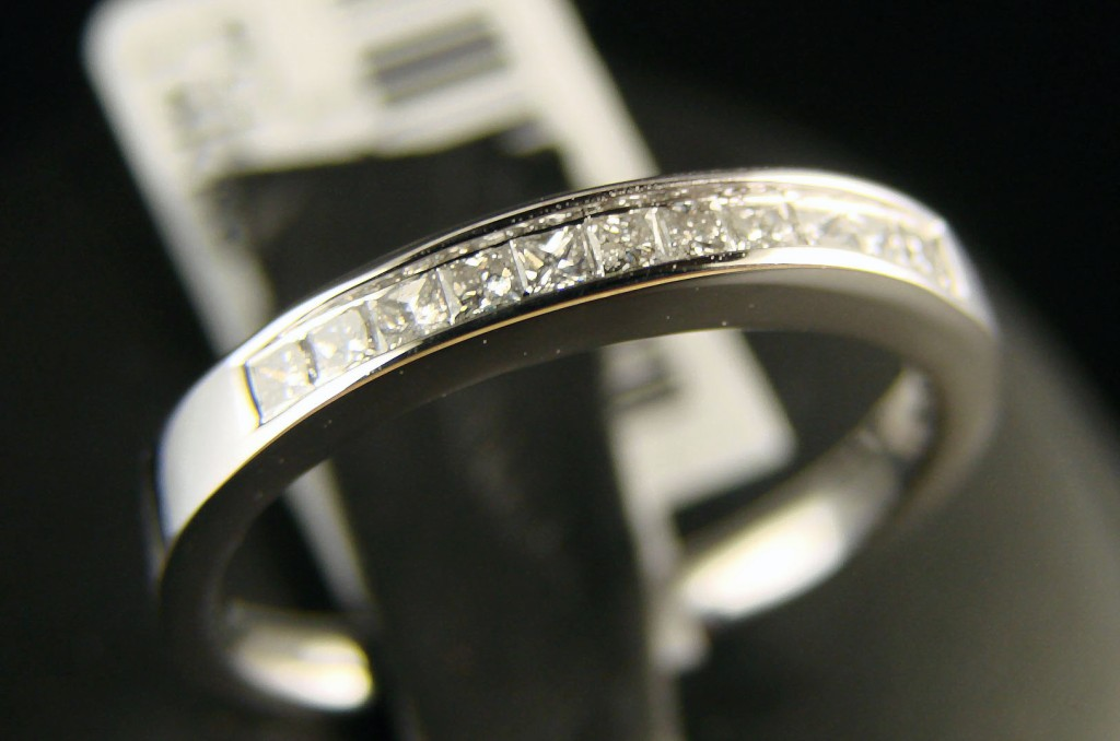 Stand Alone Engagement Ring Insurance