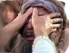 Él da vista a los ciegos