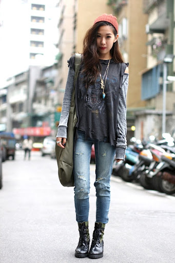 christeric grunge style inspiration with torn jeans and boots