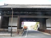 秀吉建立の遺構「南大門」(重文)