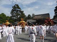 京都御所、朔平門前で