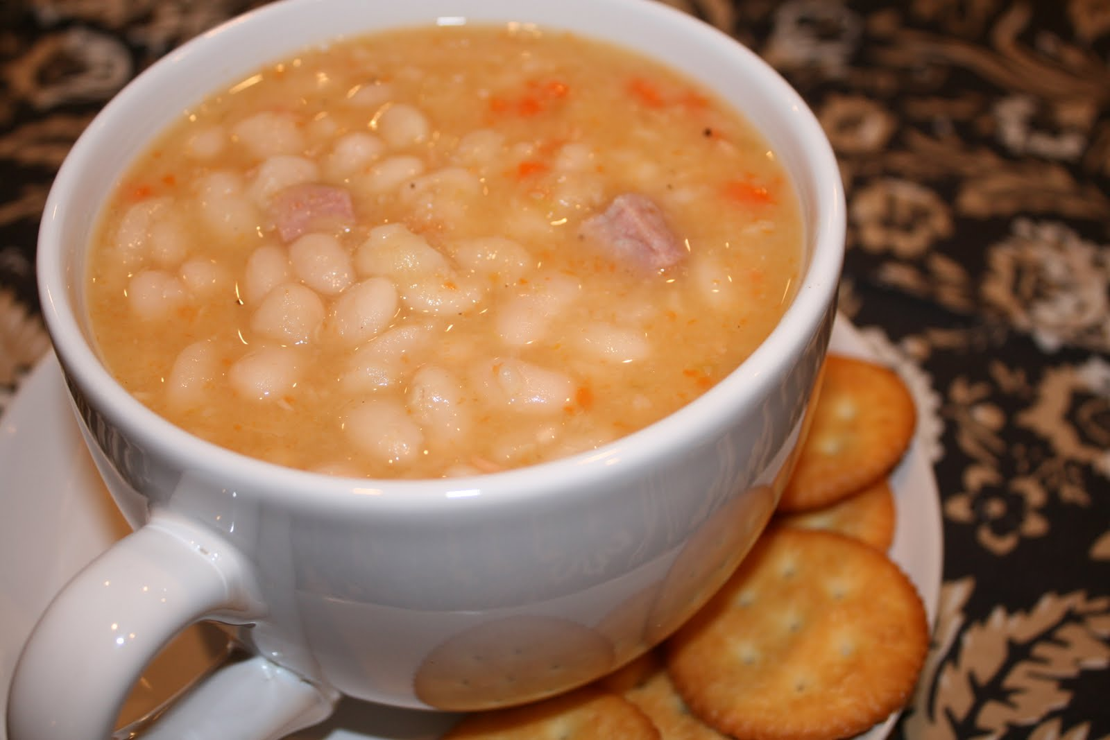Everything to Entertain: Ham and Bean soup