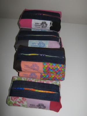 'Mina' Tissue Holder