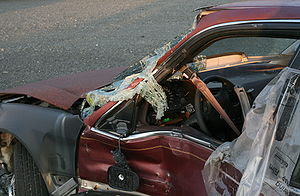 300px-2008-07-23_Wrecked_car_ ...