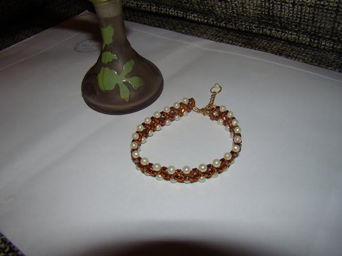 Bratara perle si margele nisip - 18 ron