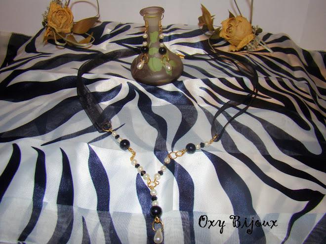 Set colier si cercei din perle pe snur organza-pret 15 RON (S6)