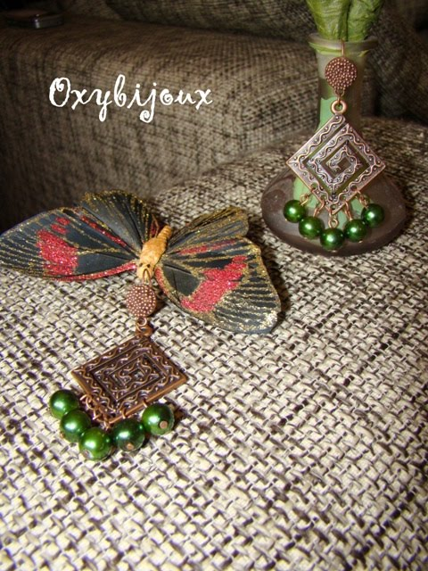 Cercei din perle de sticla verzi si accesorii aramii - 15 ron-VANDUT