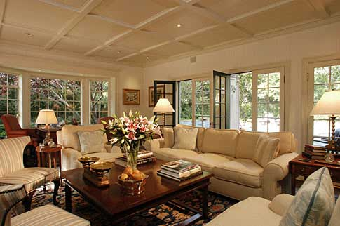 http://3.bp.blogspot.com/_psu457ERvBw/SwYO0VaJaAI/AAAAAAAABfE/Nd9e2lwM26c/s1600/Home+interior+by+timothy+carrigan01.jpg