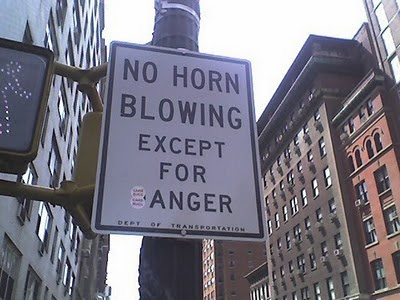 funny-road-sign-blow-horn-if-anger