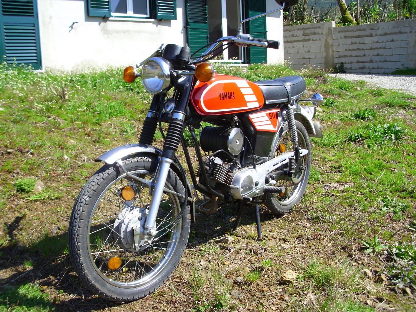 Motas Antigas: A minha garagem Yamaha Fs1