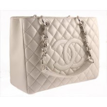 Chanel Grand Shopper