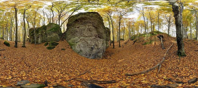 Zsivány sziklák-gömbpanoráma