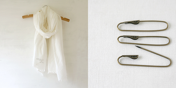 Billet - cotton scarf safety pin set