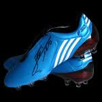 Футбилните обувки на Меси ( Бутони )!!!