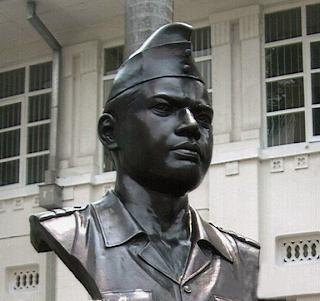 Patung dada Pahlawan Nasional Dr Abdulrachman Saleh 'HILANG'