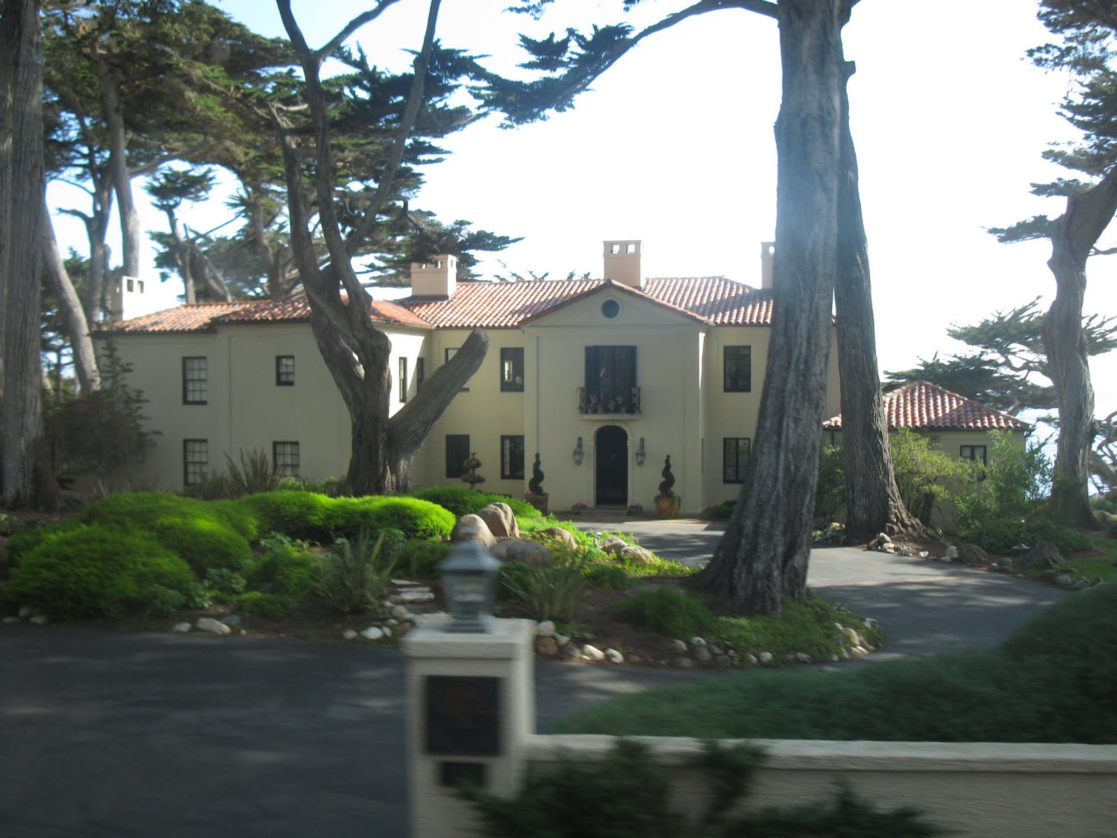 Delco daily top ten top 10 pebble beach for 17 mile drive celebrity homes