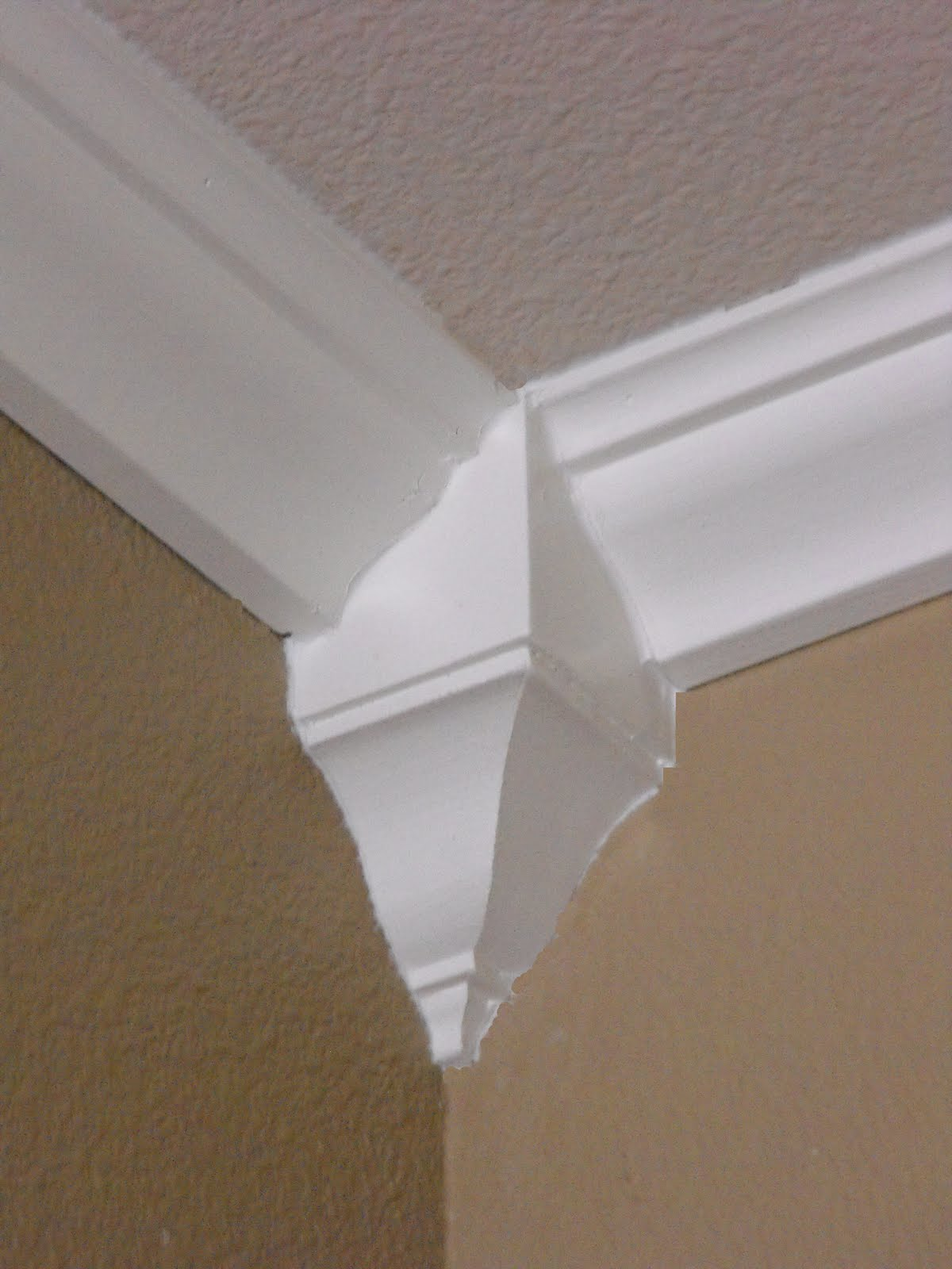 A little of this a little of that crown moulding you for Coving corner template