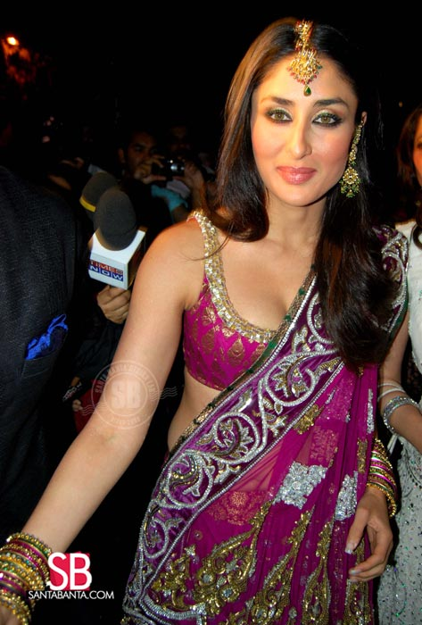 images of breast of kareena kapoor