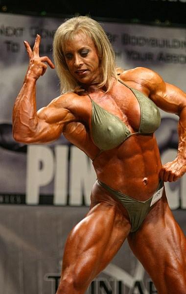Top 18 amazing female bodybuilders