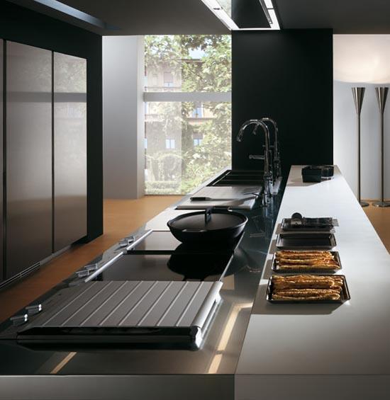 Italian stainless steel kitchen cabinets elektra ernestomeda for Best italian kitchen cabinets