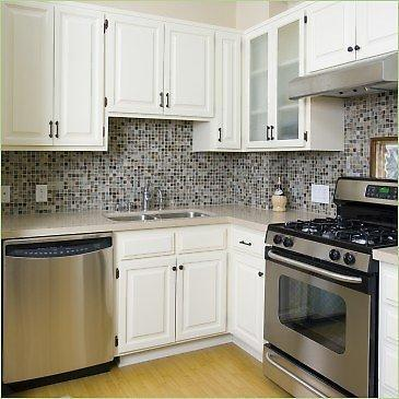 Cabinets for kitchen small kitchen cabinets for Pictures of small kitchen cabinets