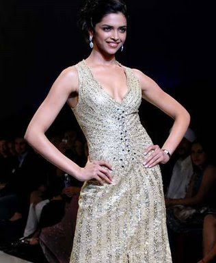 Alicia Keys Hairstyle Deepika Padukone walks the ramp for 'Mai Mumbai on LFW