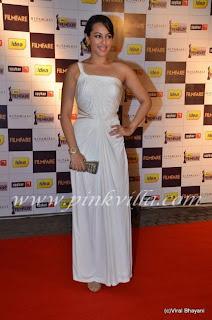 Sonakshi Sinha at the Filmfare Nominations Bash