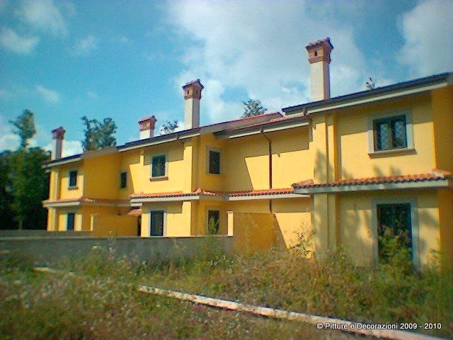 Pitture decorazioni tinteggiatura esterna con caparol muresko - Pittura esterna casa ...