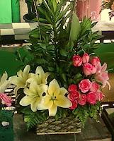 Buket Bunga Kombinasi Lily