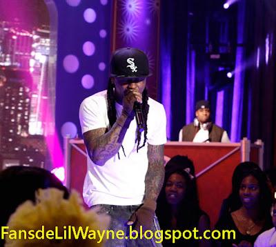 Imagen de Lil Wayne actuando en 106 & Park