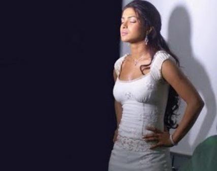priyanka chopra in anjaana anjaani
