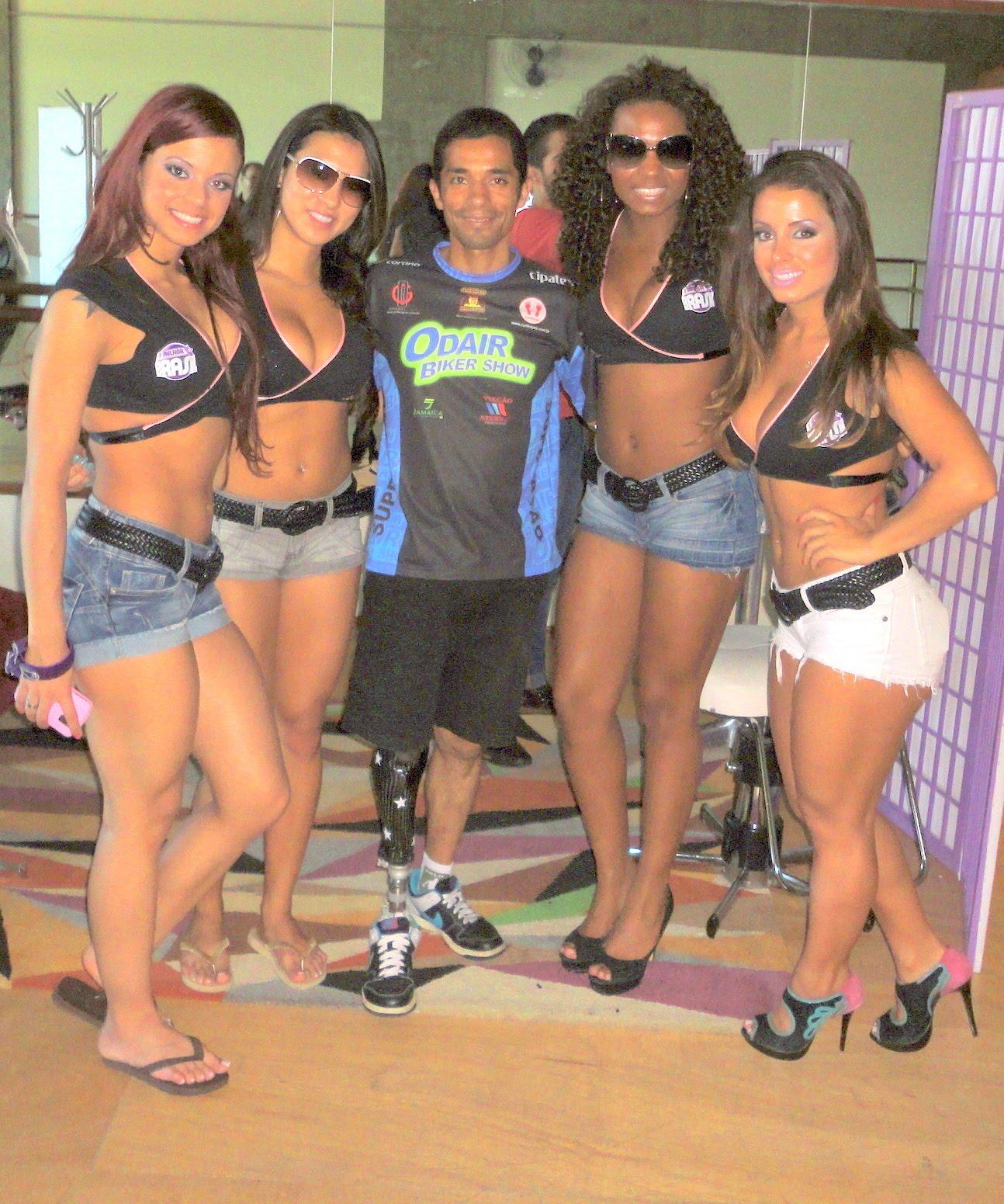Melhor Do Brasil Assistentes De Palco Fotos