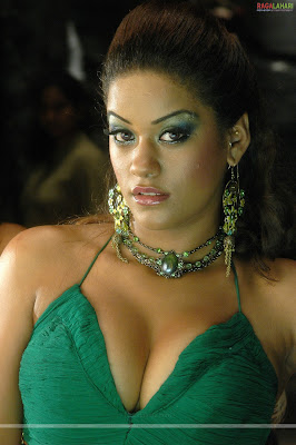 Mumaithkhan hot photos