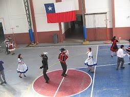 Bailando LA CUECA NACIONAL
