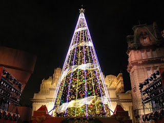 Christmas tree Lighting Wallpapers