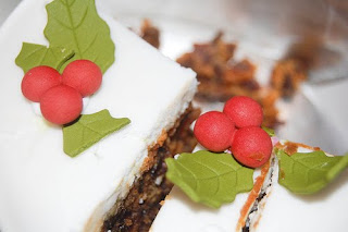 lavishing christmas cake