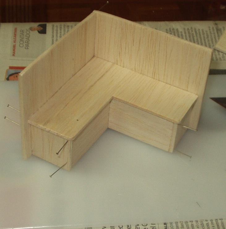 Casitas en miniatura banco de esquina para la cocina for Cocina con banco esquinero