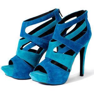 worldwide info high heel shoes