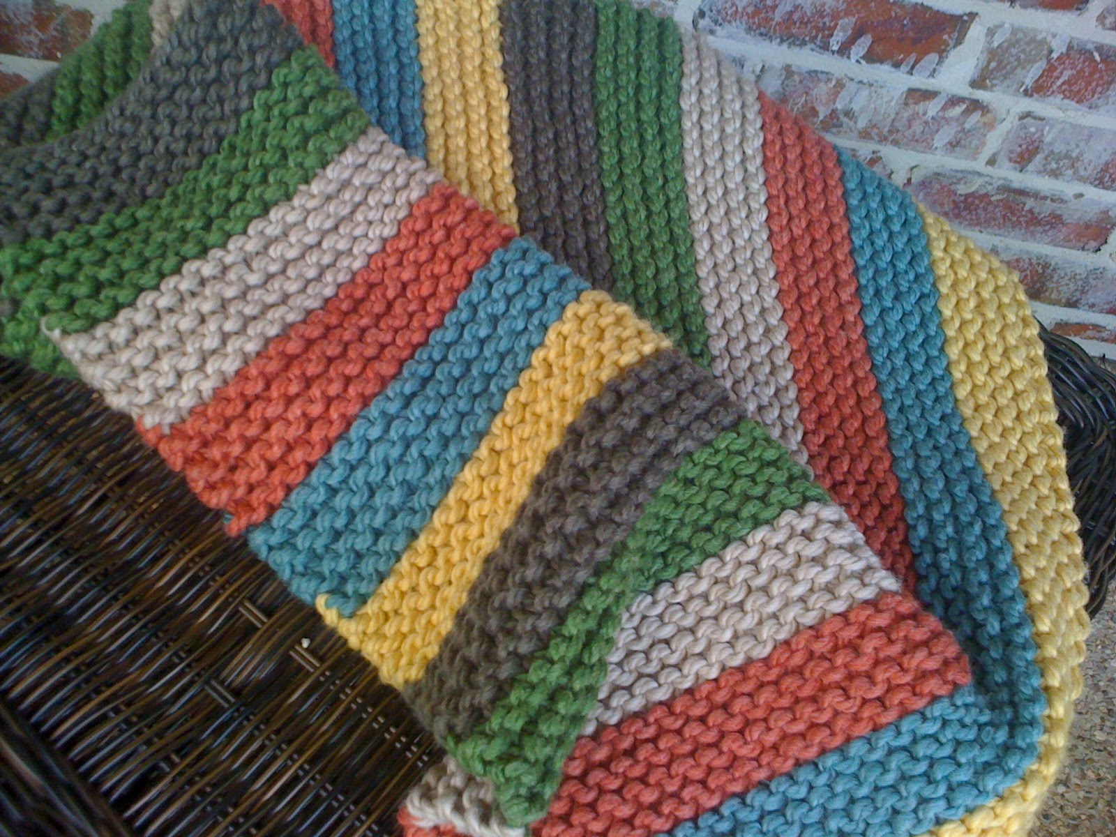 Knitted Sock Pattern Free : Ive Been Knitted: Spuds Stroller Blanket