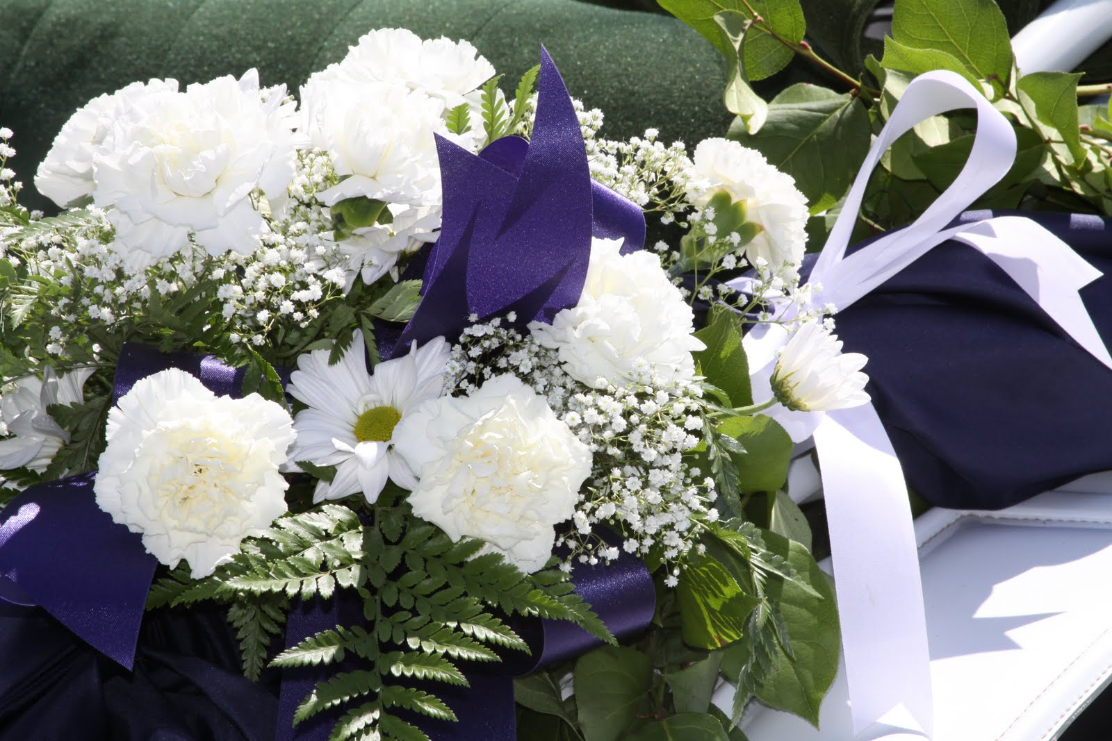White Wedding Flowers July : Wildflowers wedding flowers july and august